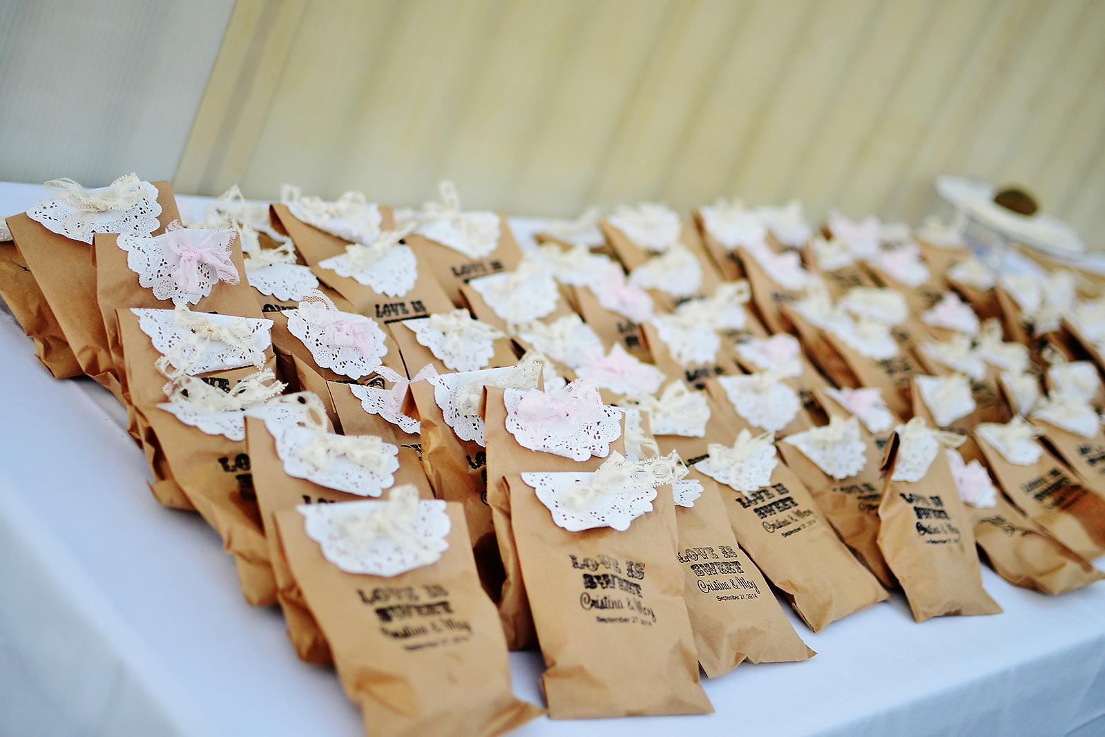 cake, wedding cake, stephy wong photography, wedding details, wedding cookies