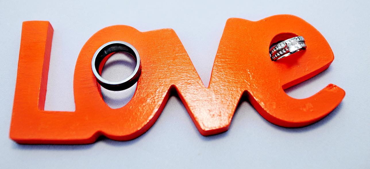 orange wedding decor, cake, wedding cake, stephy wong photography, wedding details, ring details