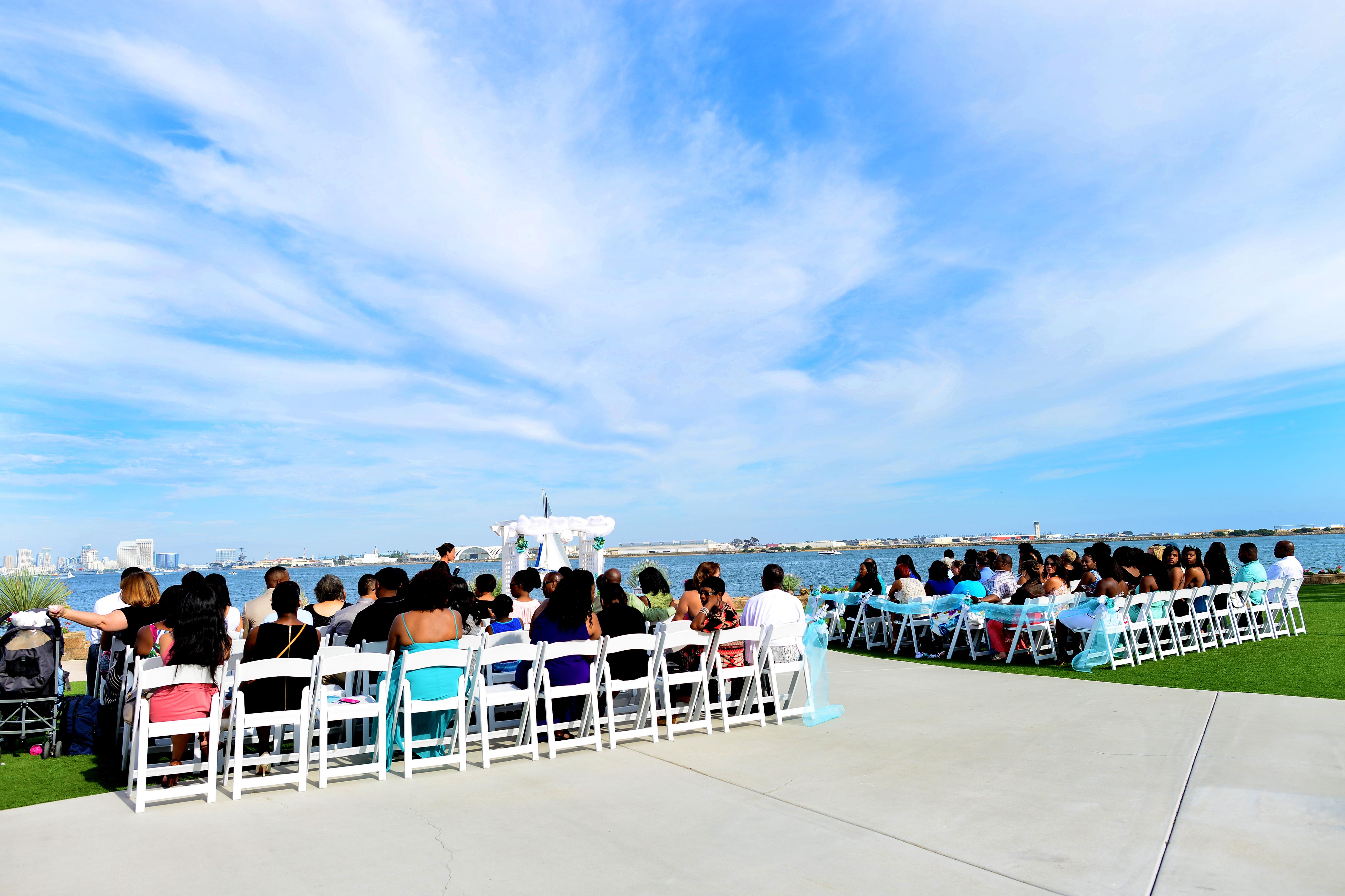 san diego ceremony, steph wong weddings, southern california wedding ceremony, beach ceremony, admiral kidd club