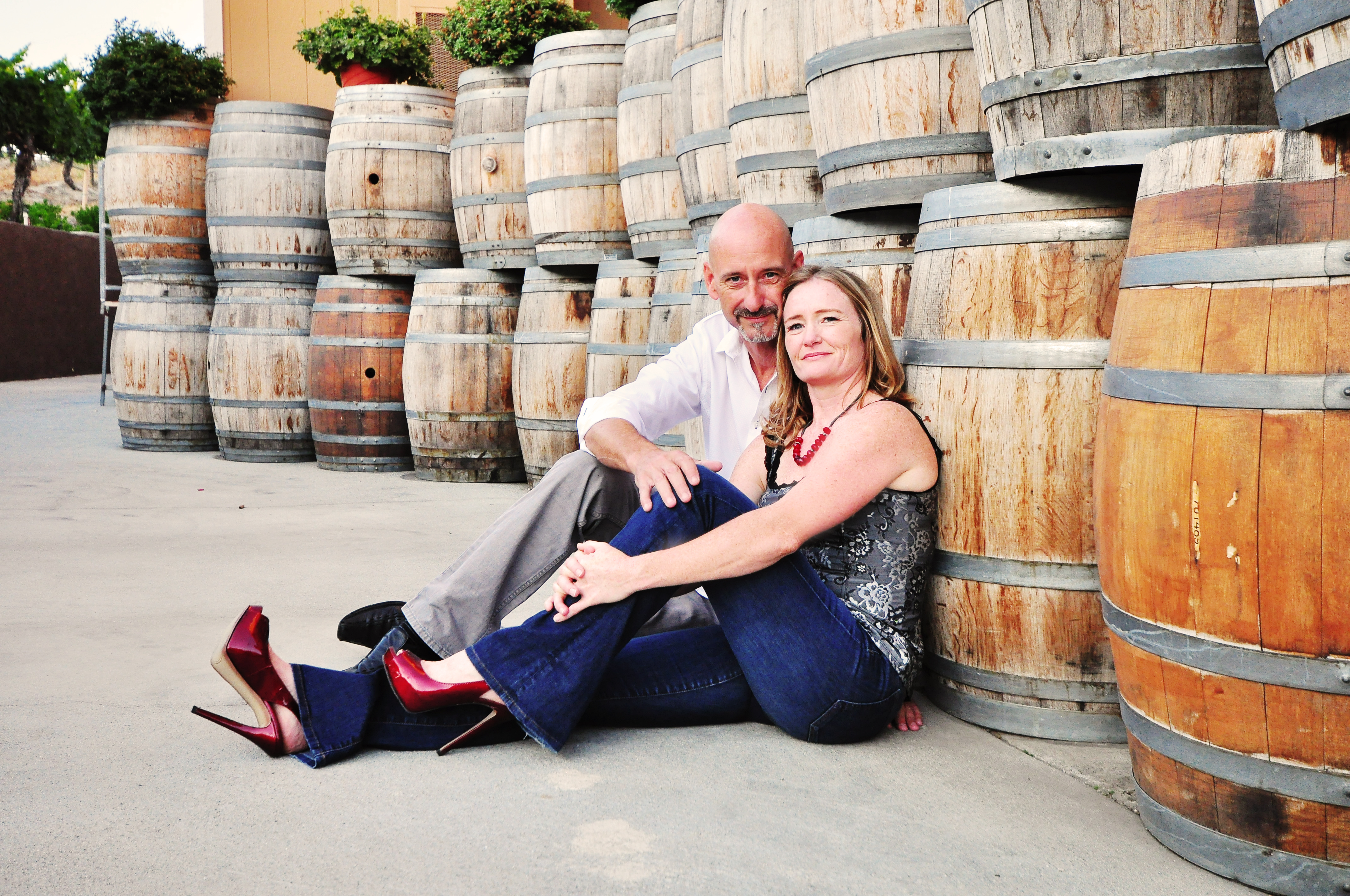 la joll engagement, san diego engagement, couple's portraits. la joll asunset, engagement portraits, winery engagement